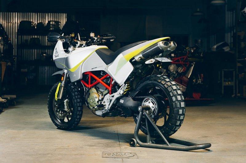 Уолт Сигл: кастом Ducati Hypermotard Dakar